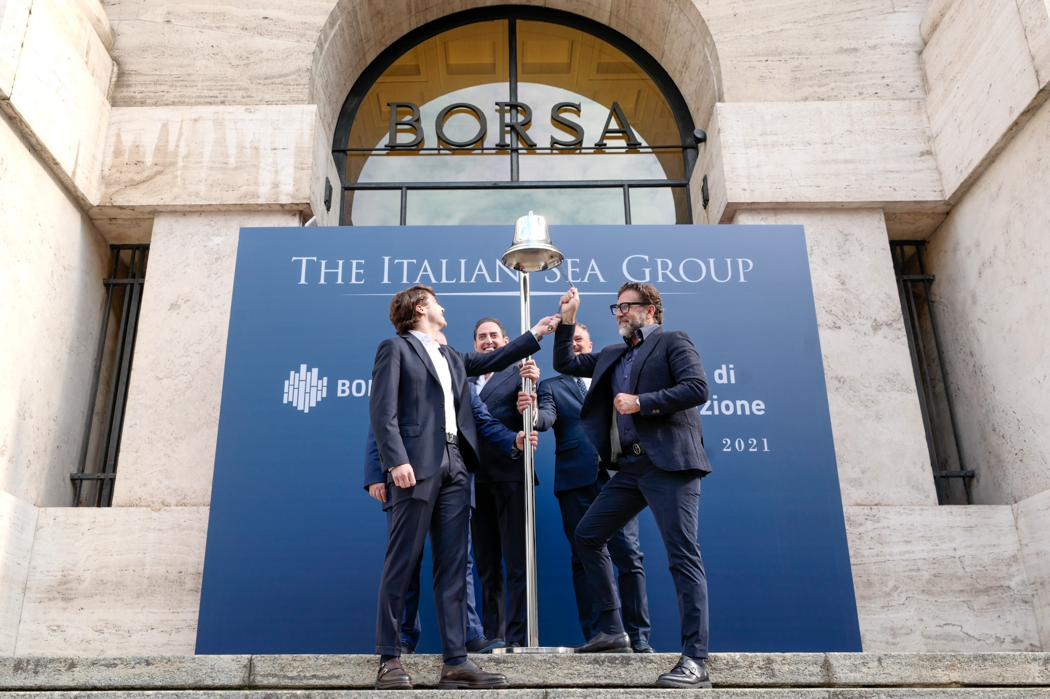sea italian group ring the bell