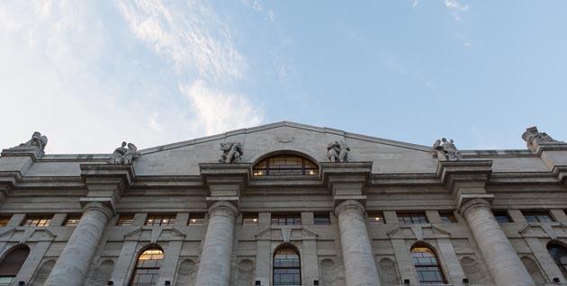 Borsa: europee aprono negative, giù l'industria e le banche a Milano (-0,4%)